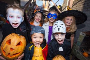 kids-with-funny-faces-halloween-costumes